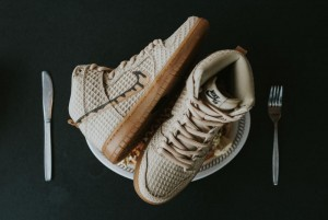 chicken-and-waffles-nike-dunk-02_o4rage