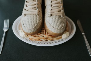 chicken-and-waffles-nike-dunk-08_o4raic